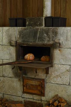 以前のパンを焼く釜